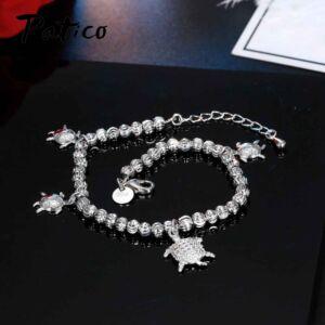 From Maria King ezüstözött teknős charm karkötő