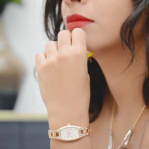Lvpai vékony rose gold női karóra, fekete szögletes számlappal