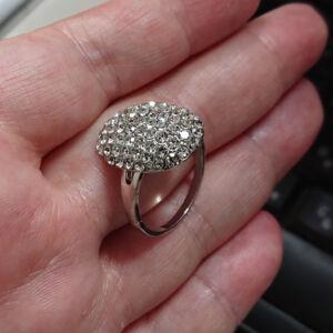bella-gyűrűje