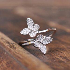 Pillangós kristályos ezüstözött gyűrű, állítható méretű
