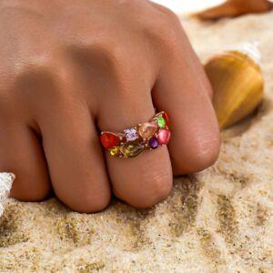 Színkavalkád kristályokkal kirakott gyűrű több méretben