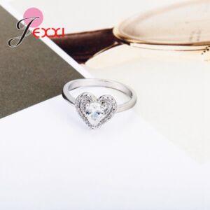 Ezüstözött cirkónium szív gyűrű, több méretben
