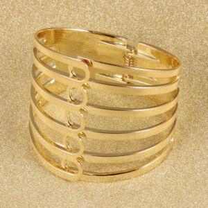 Többsoros arany színű karkötő