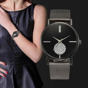 Elegáns, modern női óra kövekkel