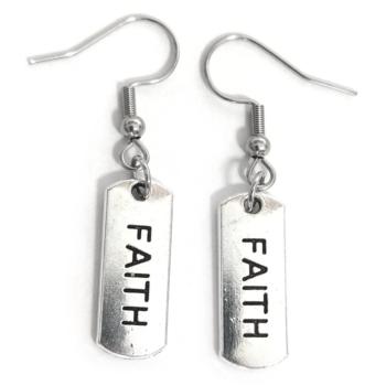 Faith/Hit-fülbevaló