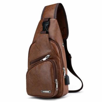 Maria King kicsi, kényelmes uniszex műbőr hátizsák (35x17 cm), barna