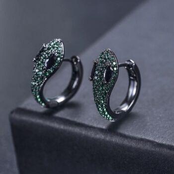 Prémium fekete és zöld cirkónium kristályokkal kirakott Kígyó fülbevaló
