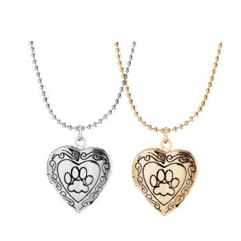 Tappancs mintájú szív alakú képtartó függő medál nyaklánccal, ezüst színű