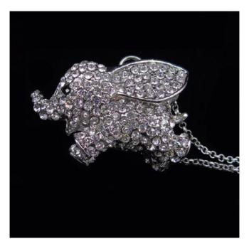 Csillogó elefántos ezüst színű medál nyaklánccal