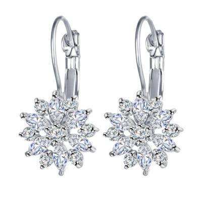 From Maria King Kristály virágos fülbevaló, ezüst színű