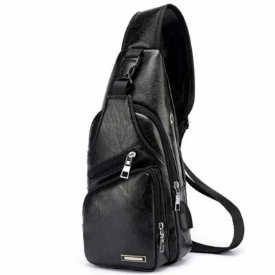 43a9fcd7224a Maria King kicsi, kényelmes uniszex műbőr hátizsák (34x16x10 cm), fekete
