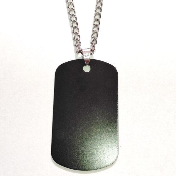 Gravírozható fekete dögcédula, választható arany vagy ezüst láncra vagy kulcstartóra