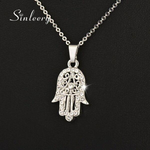 Kristályokkal kirakott Fatima keze medál nyaklánccal, ezüst szín