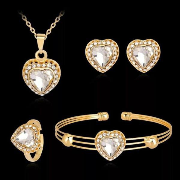 Szív motívumos nyakék, fülbevaló, gyűrű és karkötő szett, arany színű