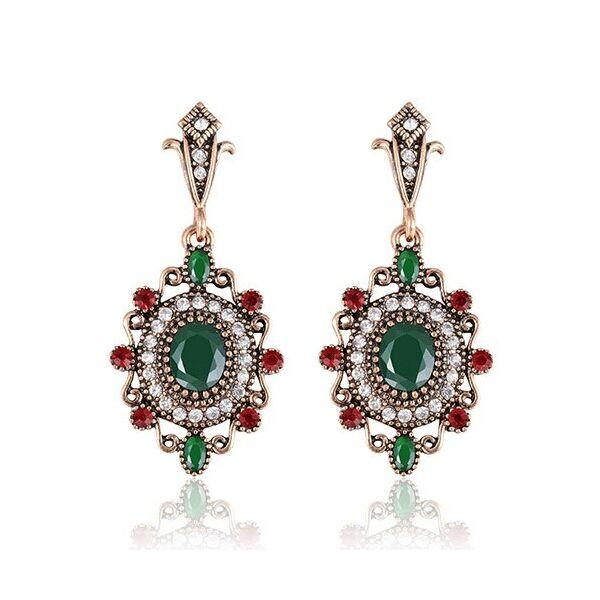 Piros-fehér-zöld színű vintage fülbevaló