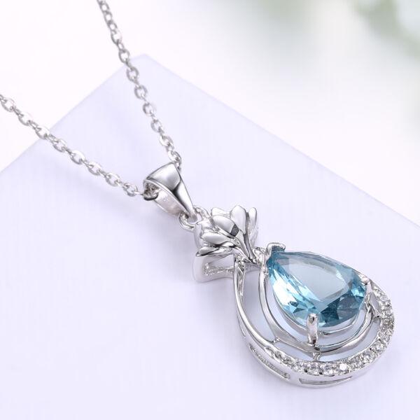 kék kristály csepp alakú medállal