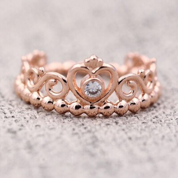 Hercegnő koronás rose gold színű gyűrű, több méretben