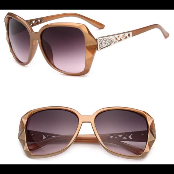 Nagylencsés vintage női napszemüveg, arany