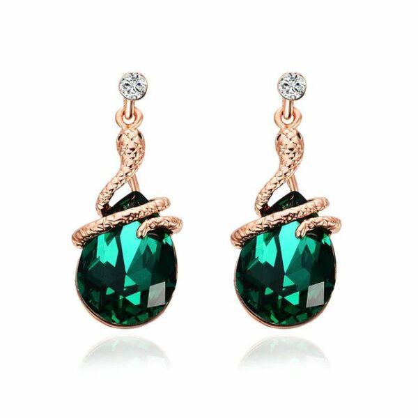 From Maria King Csepp alakú fülbevaló zöld kristállyal