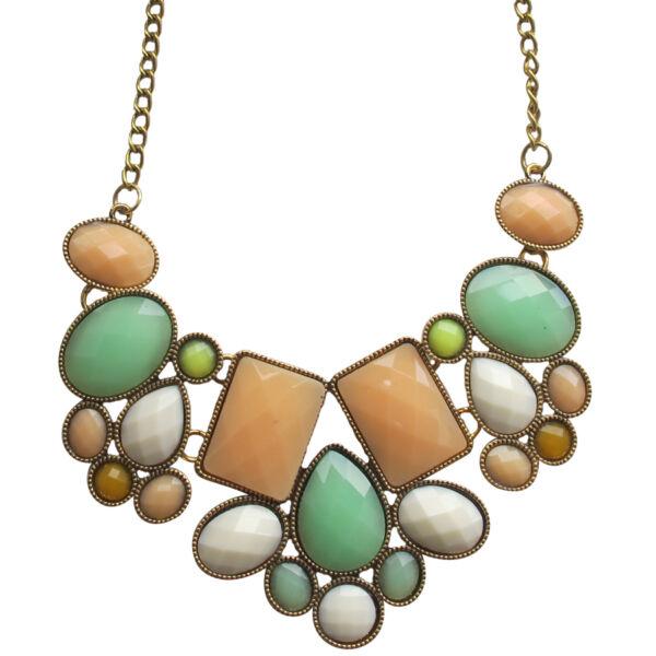 Pasztell színű kövekkel kirakott nyaklánc