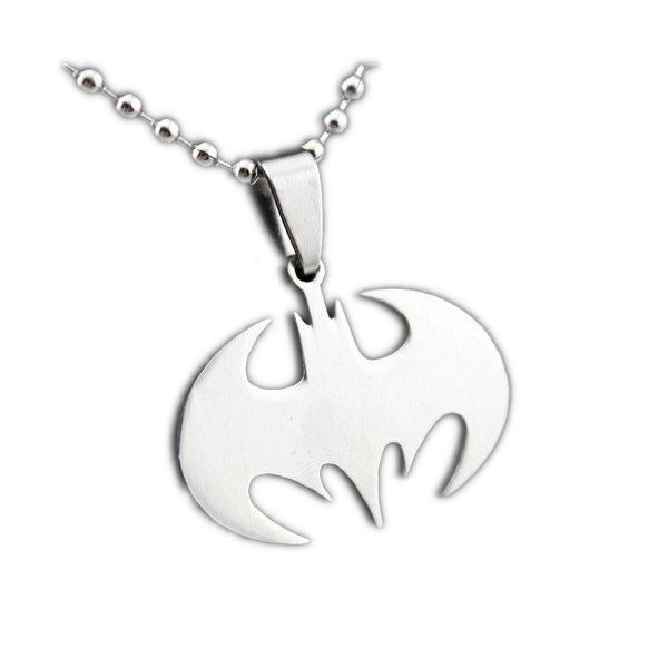 Nemesacél Batman jellegű medál nyaklánccal